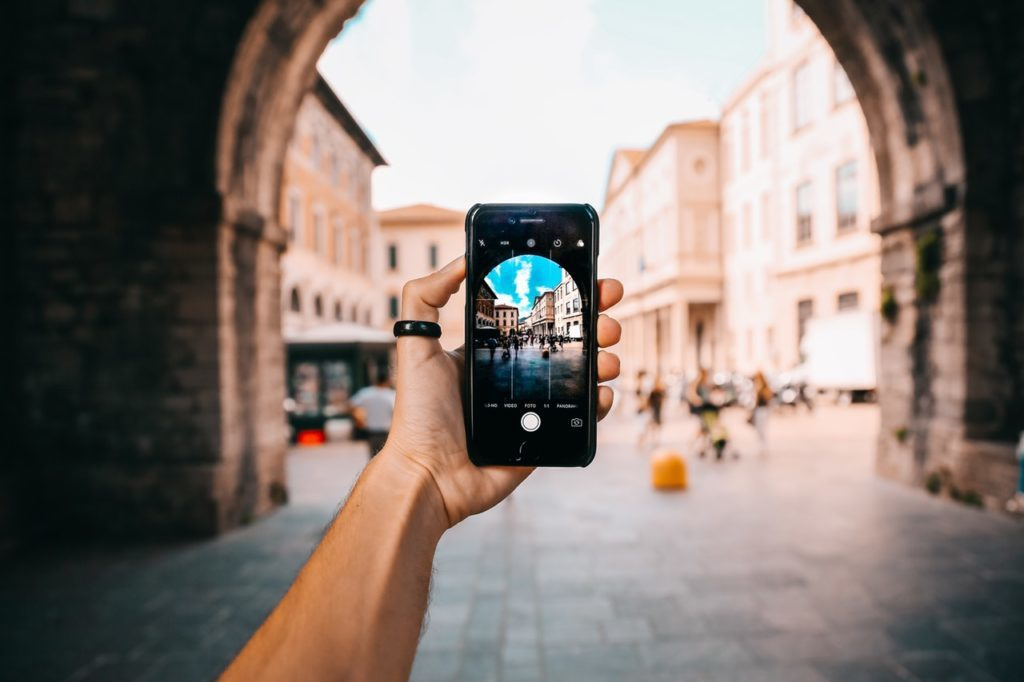smartphones with DSLR Camera Quality